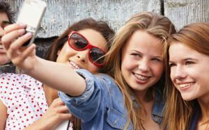 Teenagers-selfies